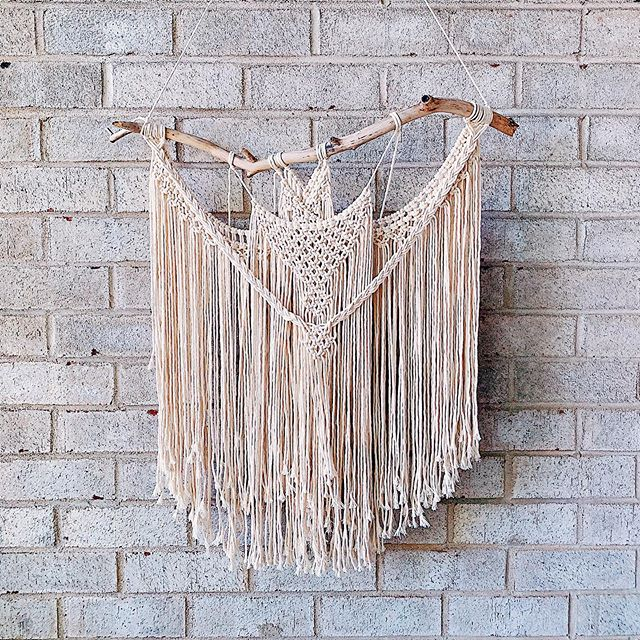 Slightly different but most of the same 😘 ✨ Aquila . . . . . . @niromastudio string #macramé #macrameart #macramewallhanging #macramemovement #macrame #wallart #wallhanging #fiberart #boho #bohostyle #bohodecor #maker #phillycreatives #handmade #art #decor