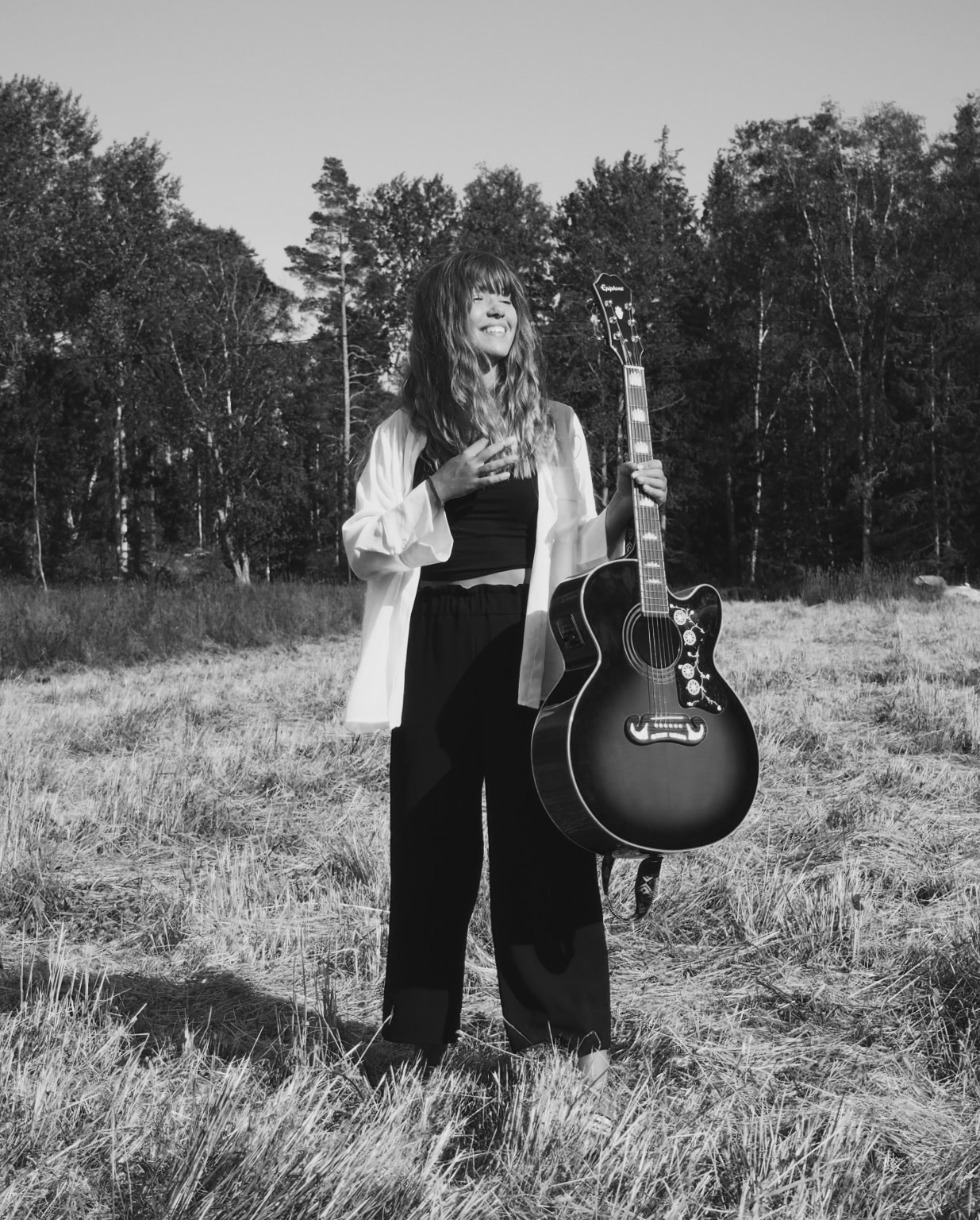 Stockholm based singer, songwriter and live musician. - Debut single now available.