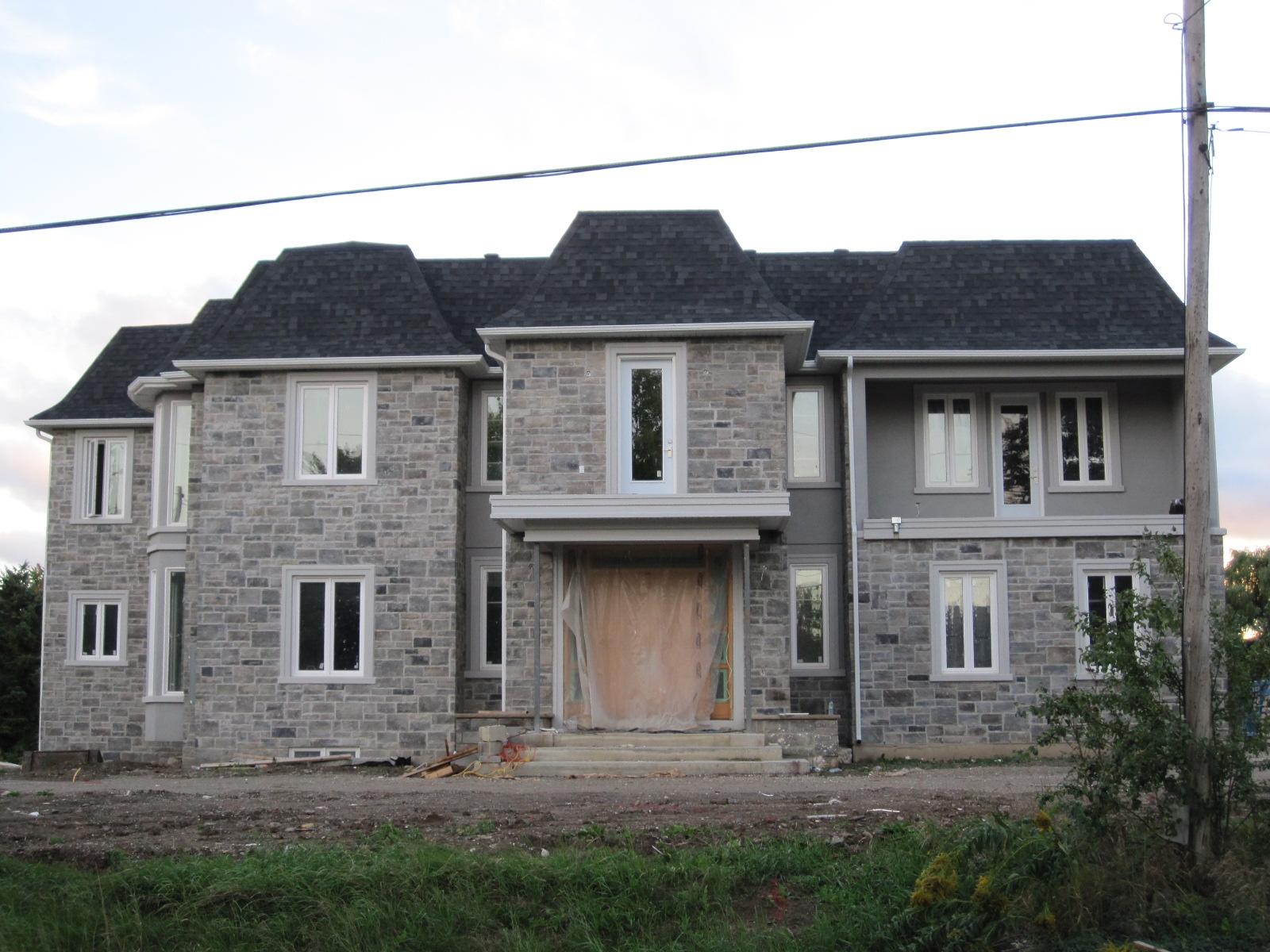Custom home in Mississauga, Ontario