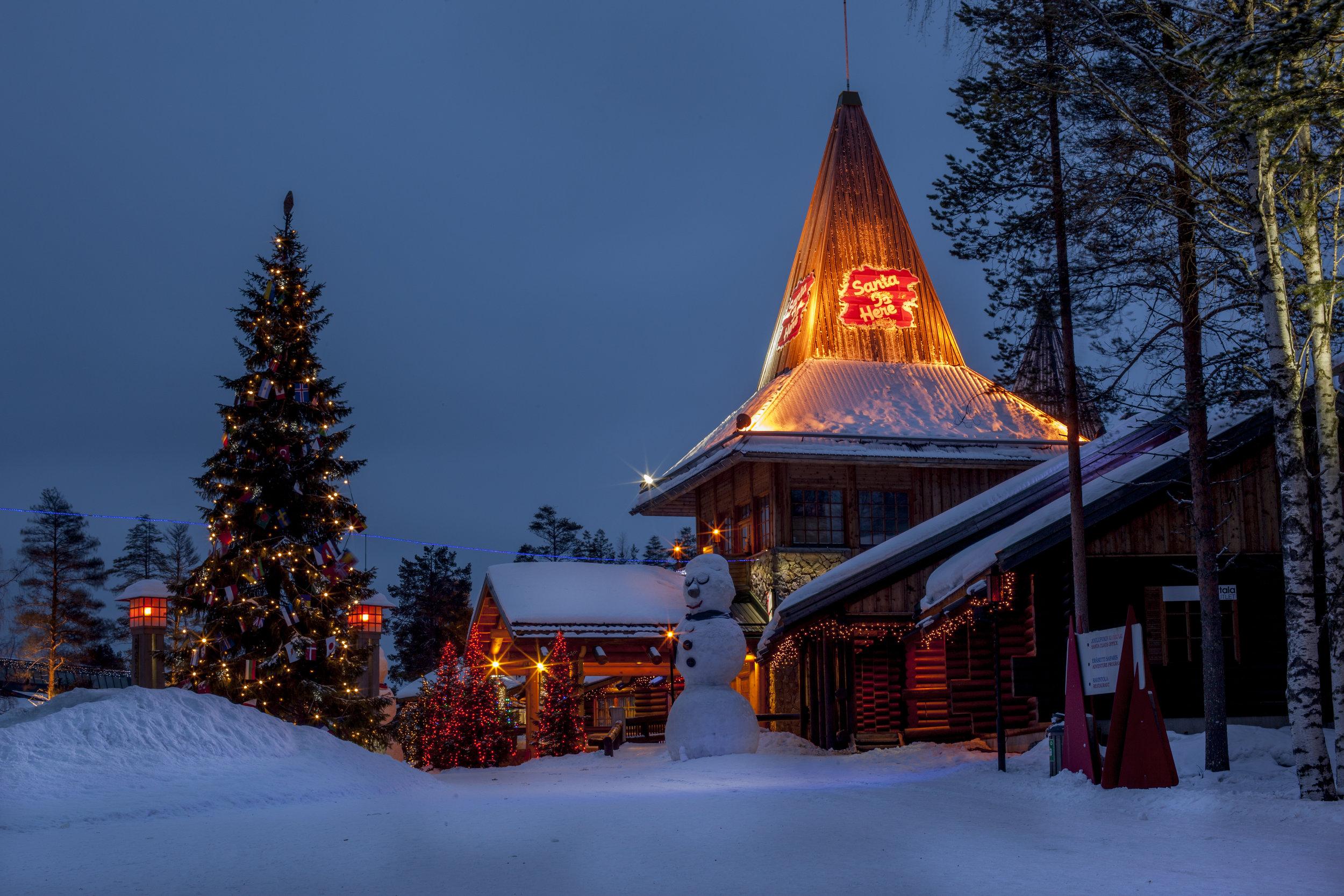 santa-claus-village-finland.jpg
