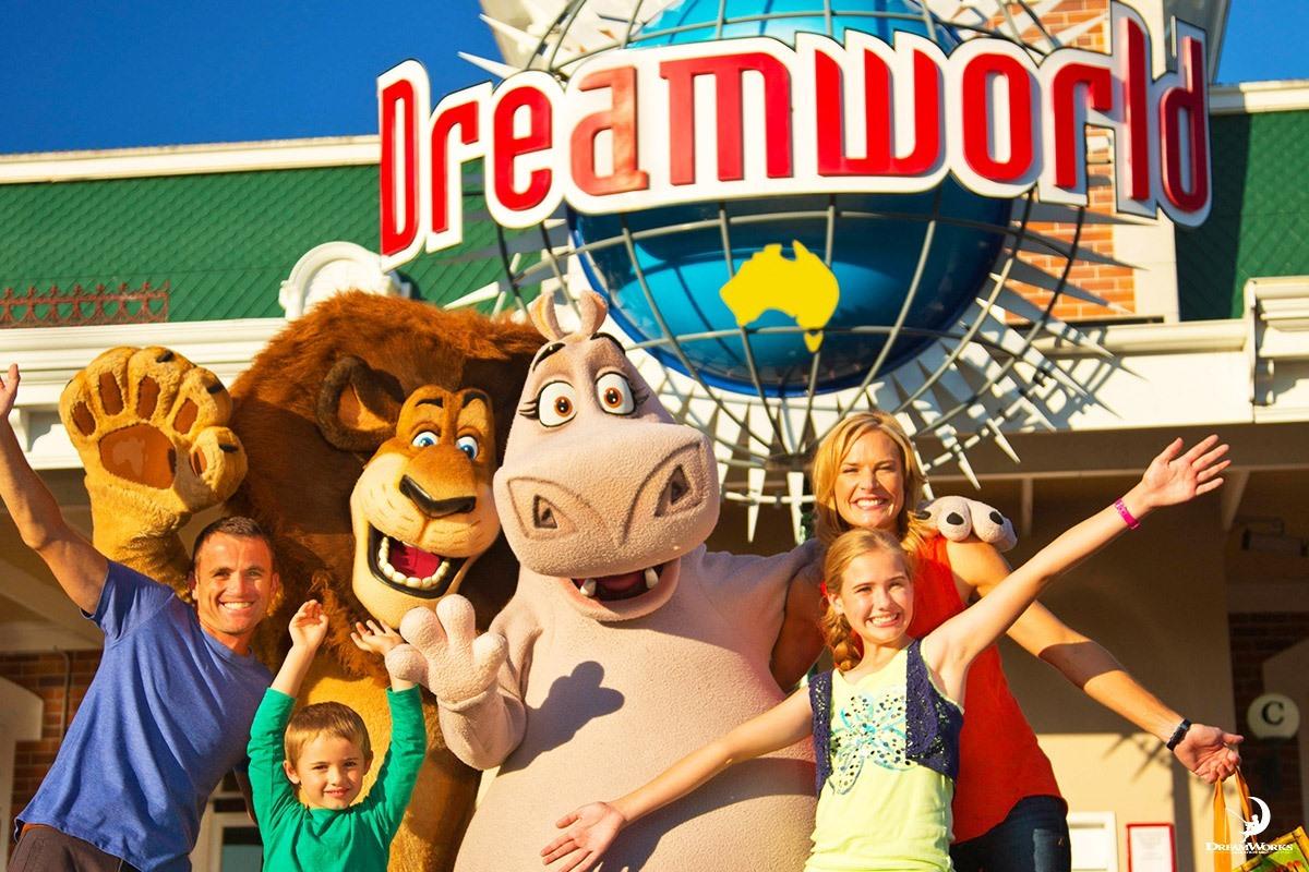 dreamworld-2.jpg