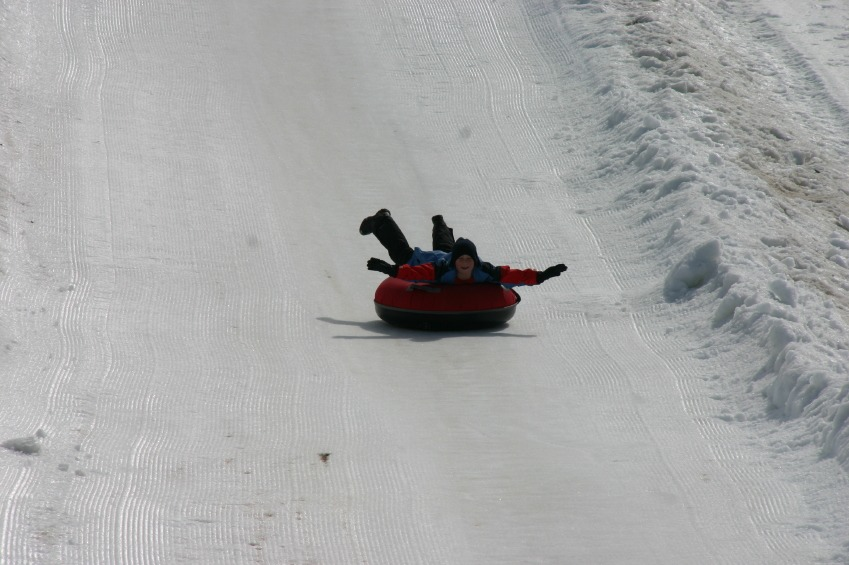 Not a skier? This is a snow activity that require minimal skills.