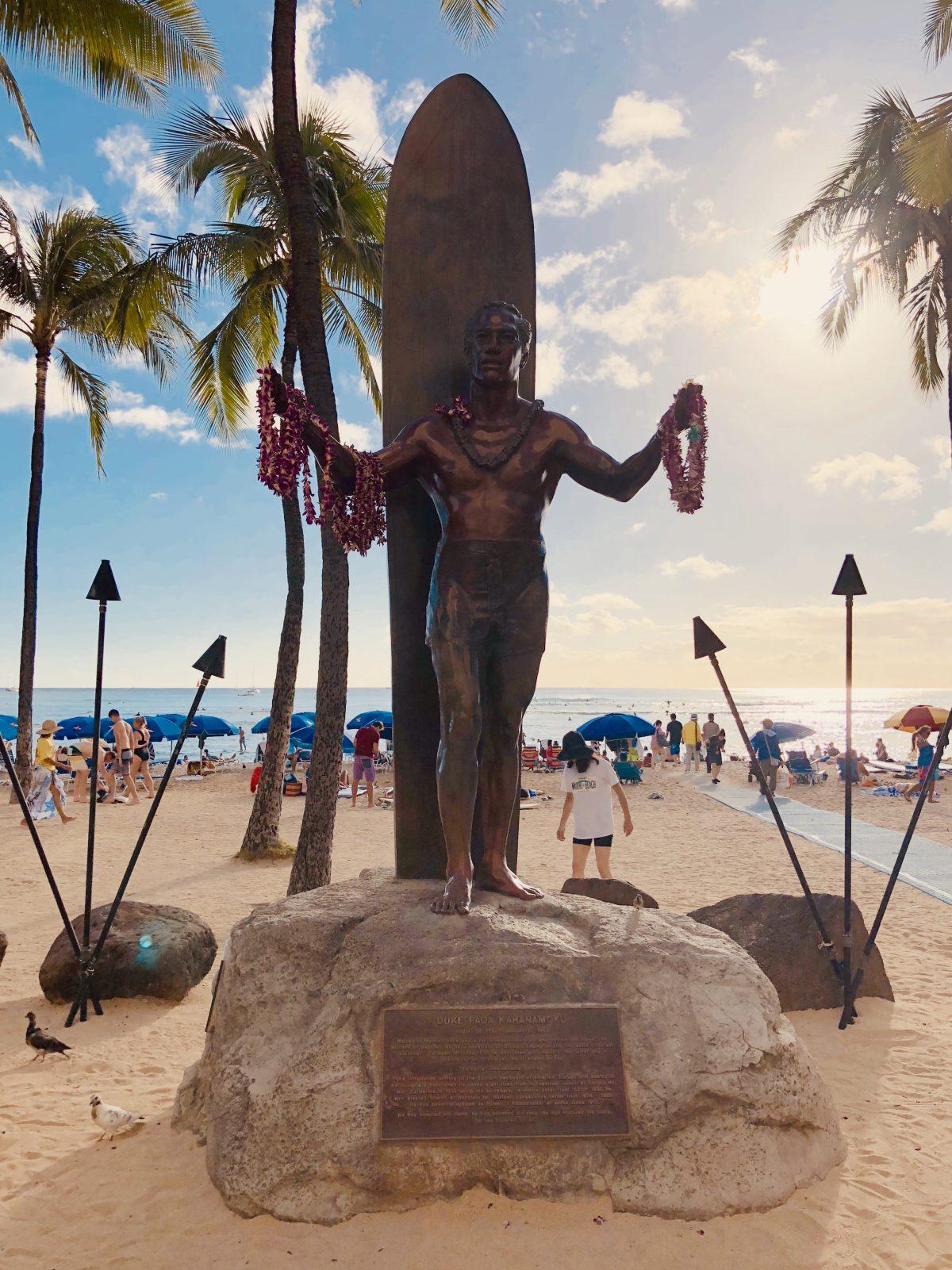 Duke Kahanamoku Statue Waikiki