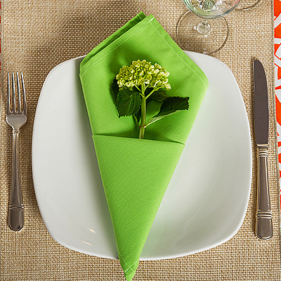 Catering-and-Special-Events-table-settings.jpg