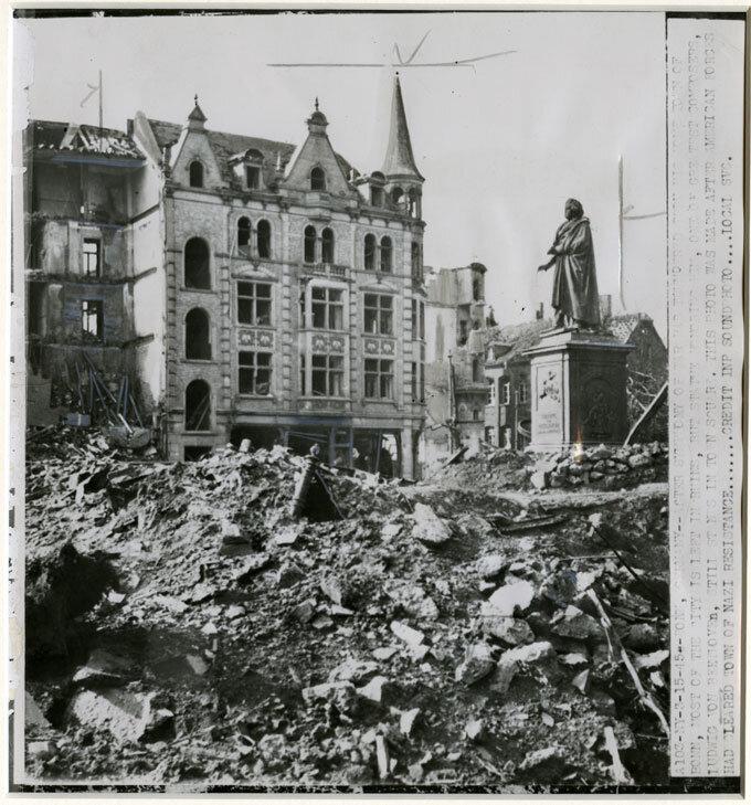Destruction of Bonn around the Beethoven monument