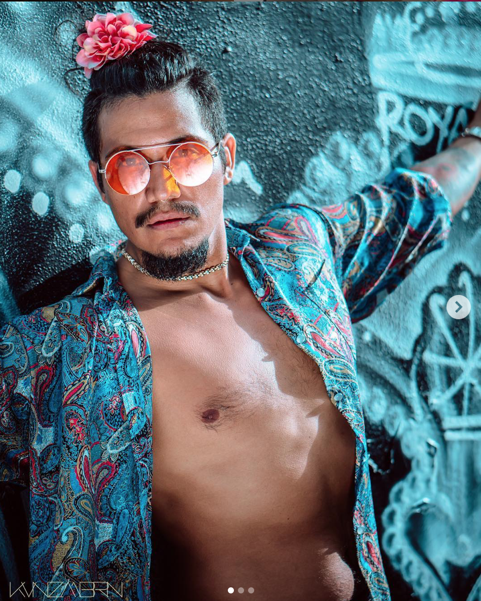 Raul Exequel    Location:  South Florida   Talents:  Model, Photographer, Musician