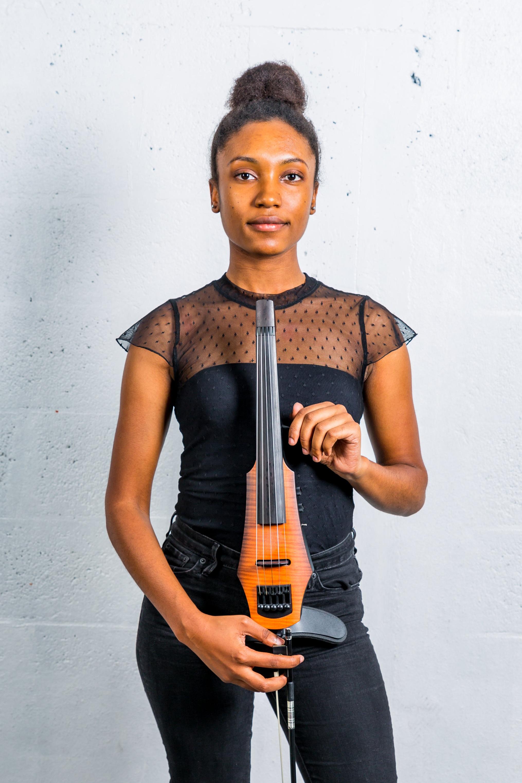Lisa Freeman    Location:  South Florida   Talents:  Violinist, Singer