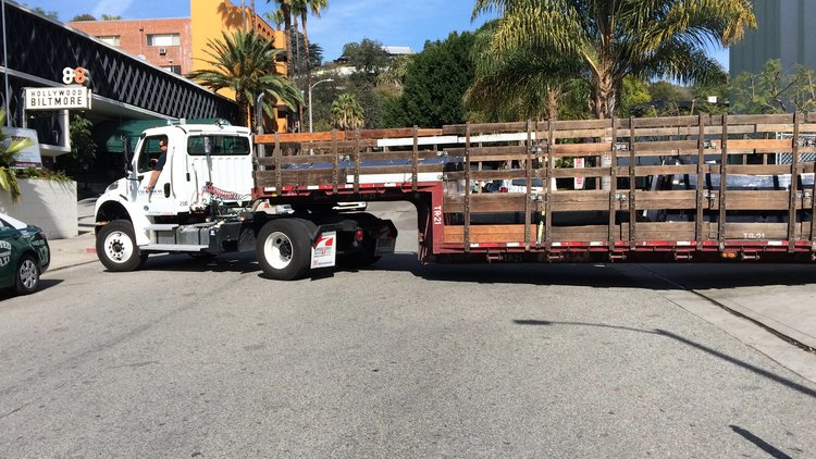 Scenic Expressions truck and trailer rental los angeles