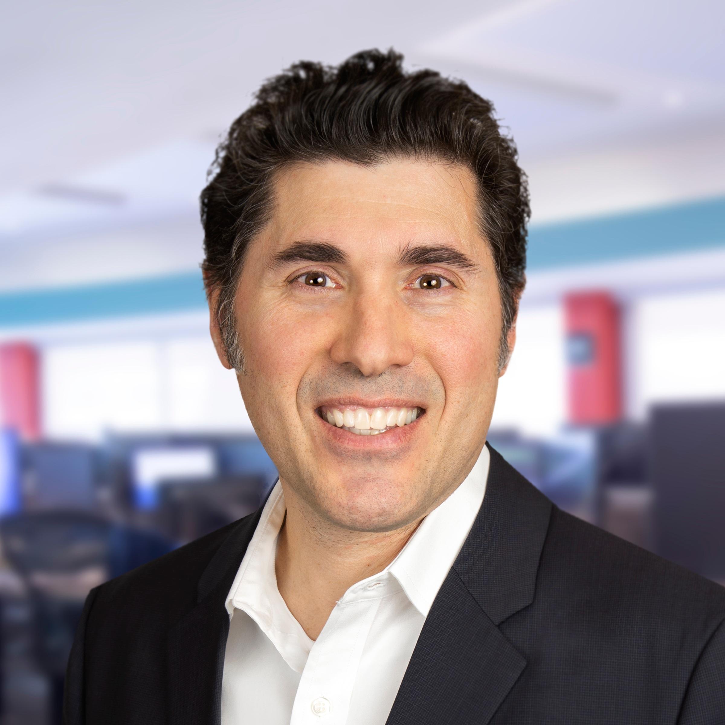 Roberto Giangregorio   Vice President, Portfolio Manager