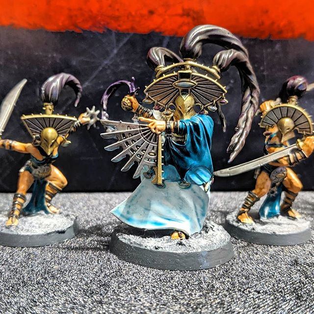 New in our Etsy store this morning - WarCry Cypher Lords! Tried to paint these similar to the box art, what do you all think? . . #warcry #ageofsigmar #warhammer #fantasy #wargames#warhammerfantasy #tabletopgaming#miniaturegaming #miniaturepainting #paintingwarhammer