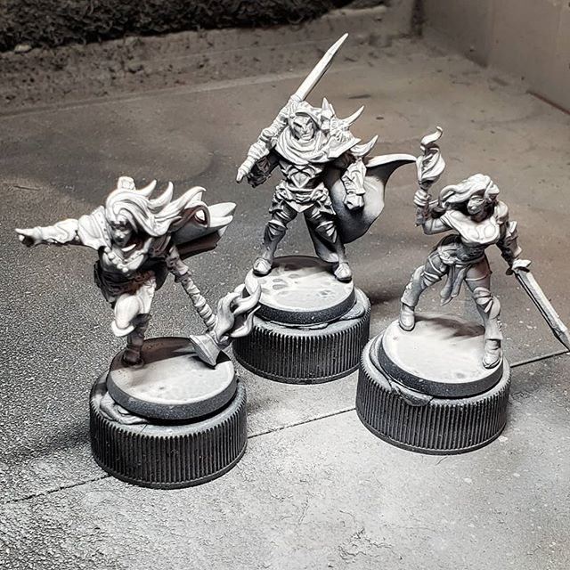 #3dprintedminiatures using our #elegoomars. Amazed at the quality. Great for #dungeonsanddragons! Available on our Etsy shop. 😊 #paintingminiatures