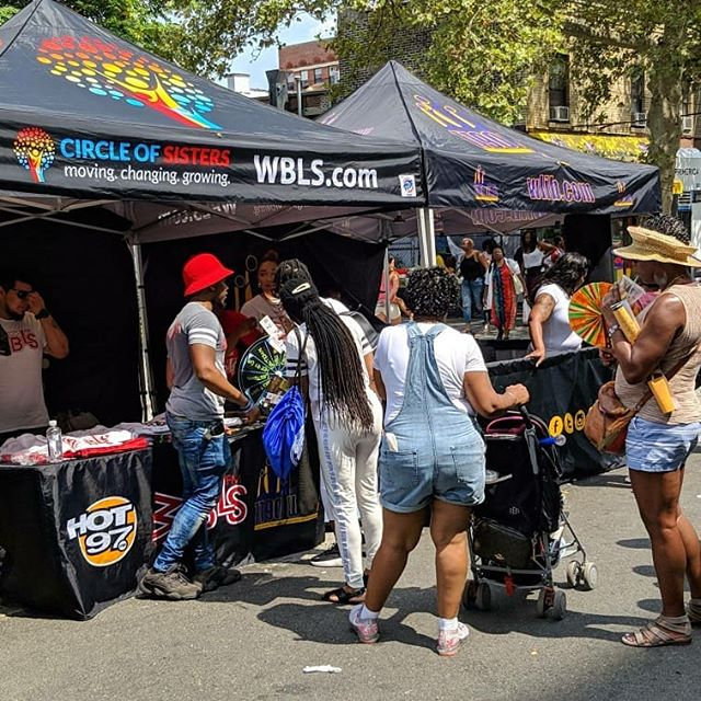 #HARLEMDAY is full of energy today come join us for some great food, smooth Cars and amazing music.  #Harlemweek45 #Harlemweek #likes #event #photooftheday #instadaily #instalike