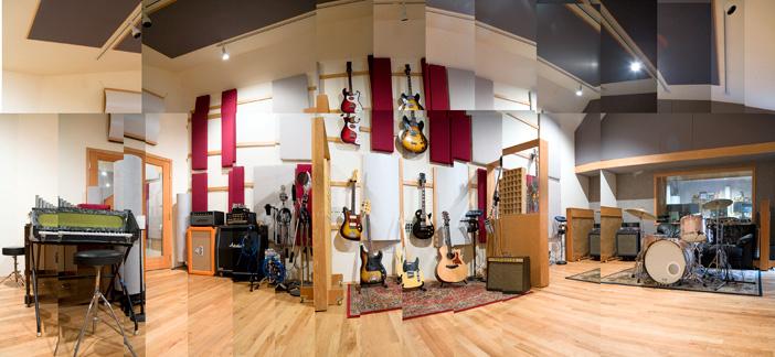 big_room_1.jpg