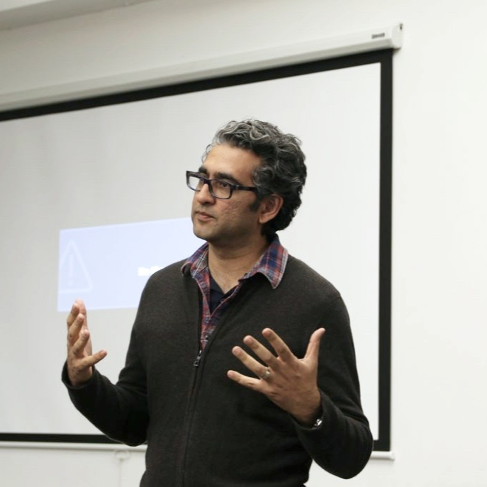 Technologist and entrepreneur Babur Habib spoke at a networking event organized by APF and Pakathon, an organization that mentors and invests in Pakistani expats who launch for-profit social ventures in Pakistan.