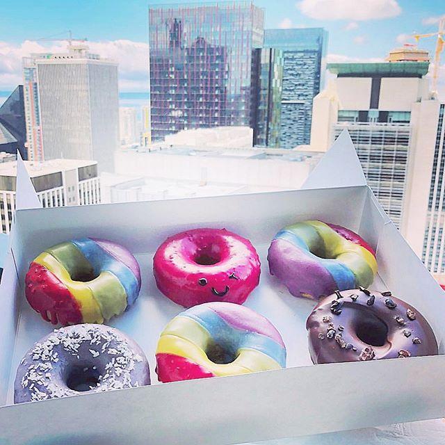 Seattle can't hide that #pride #winkdoughnuts #throwback  Seattle ❤️🧡💛💚💙💜 enjoy the festivities this weekend! #loveislove #lovewins  #popup #popupshop #delicious #organic #doughnuts #thathappentobe #glutenfree #plantbased #dairyfree #eggfree #vegan #vegetarian #baked #donuts #supercute #seattle #local #original #womenownedbusiness #filipinx #startup #bakery