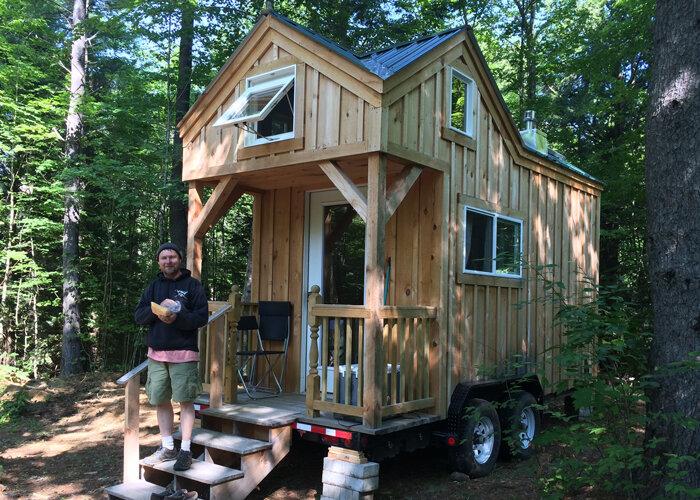 JCS_8x16-cross-gable-tiny-house-happy-customer.jpg
