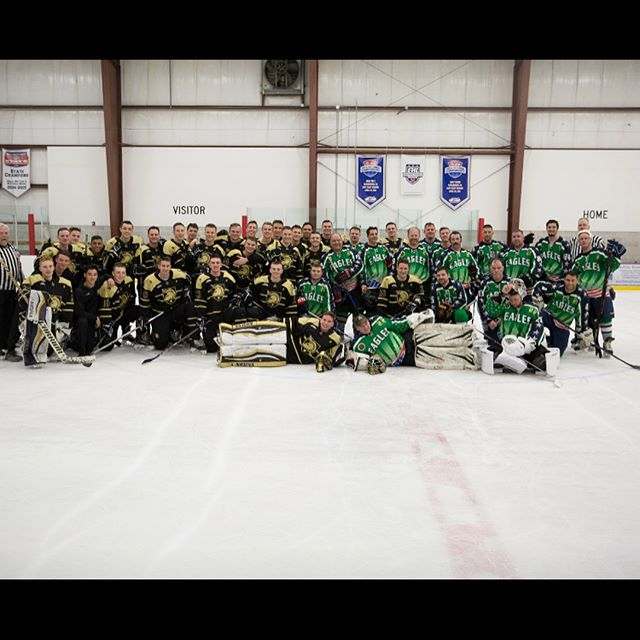 Some more great shots from our scrimmage against the Boston Eagles of the Skate for 22 Foundation. Thanks for playing us!  @goarmywestpoint  @goarmy  @commandant.usmilitaryacademy  @armywp_clubhockey  @rebirthsports