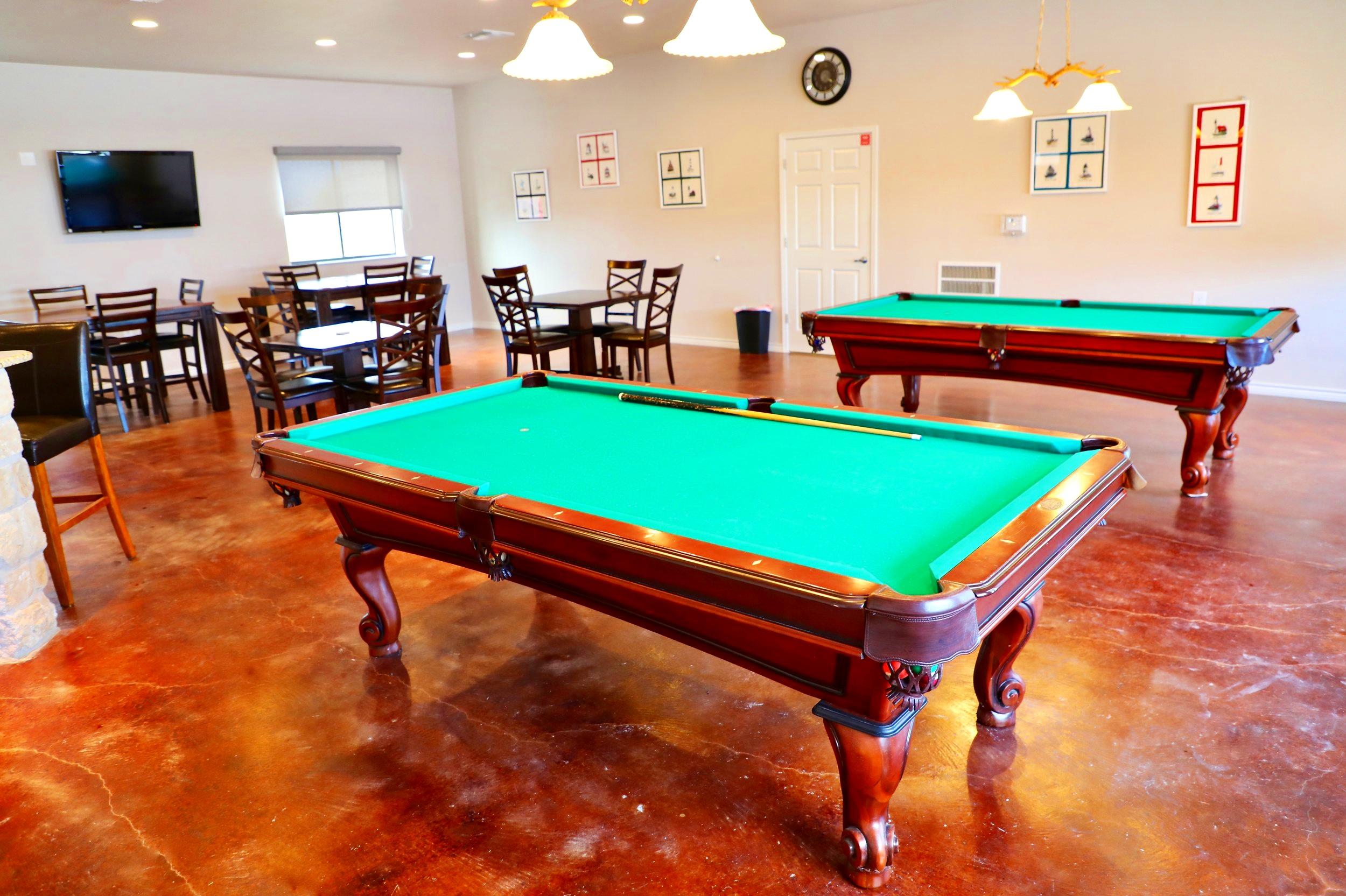 pool+table+bar+area.jpg