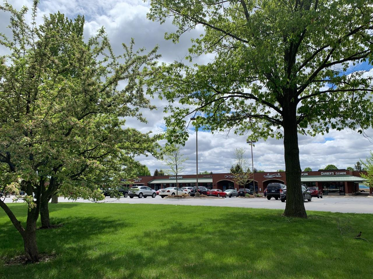 Shoppes of Knollwood -