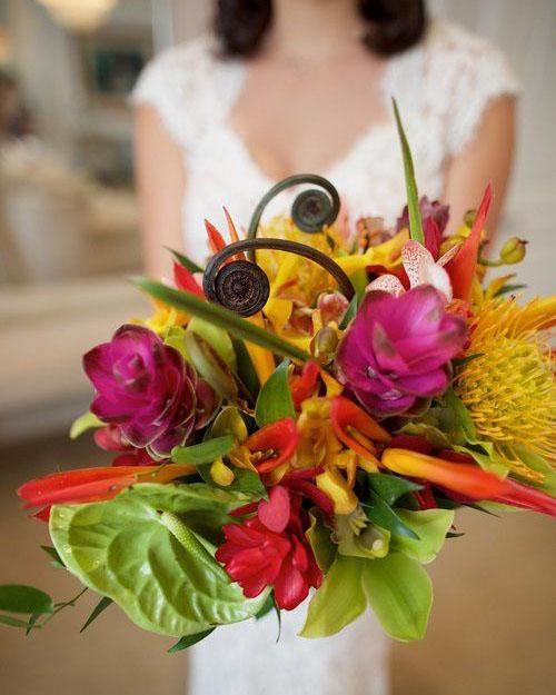 tropical-bouquet-bliss-maui-beach-weddings.jpg