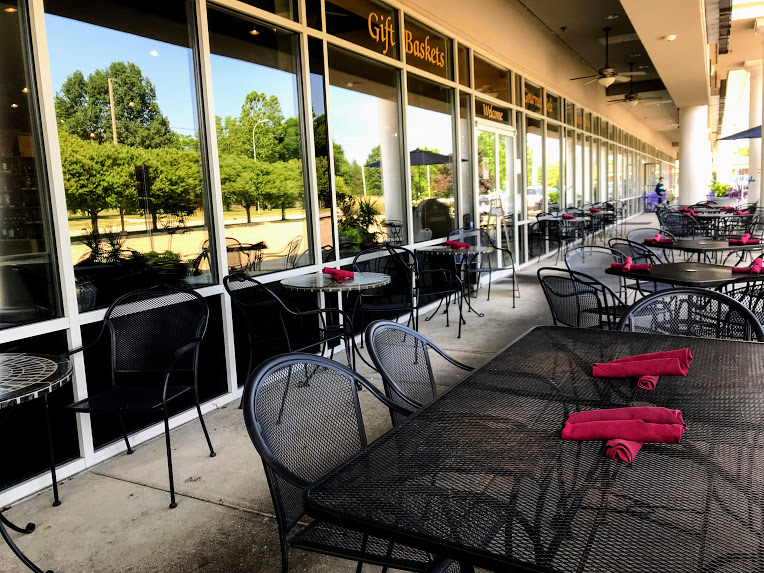Patio Perfect… - From late spring to late fall, the Sun Singer is the best place in town!