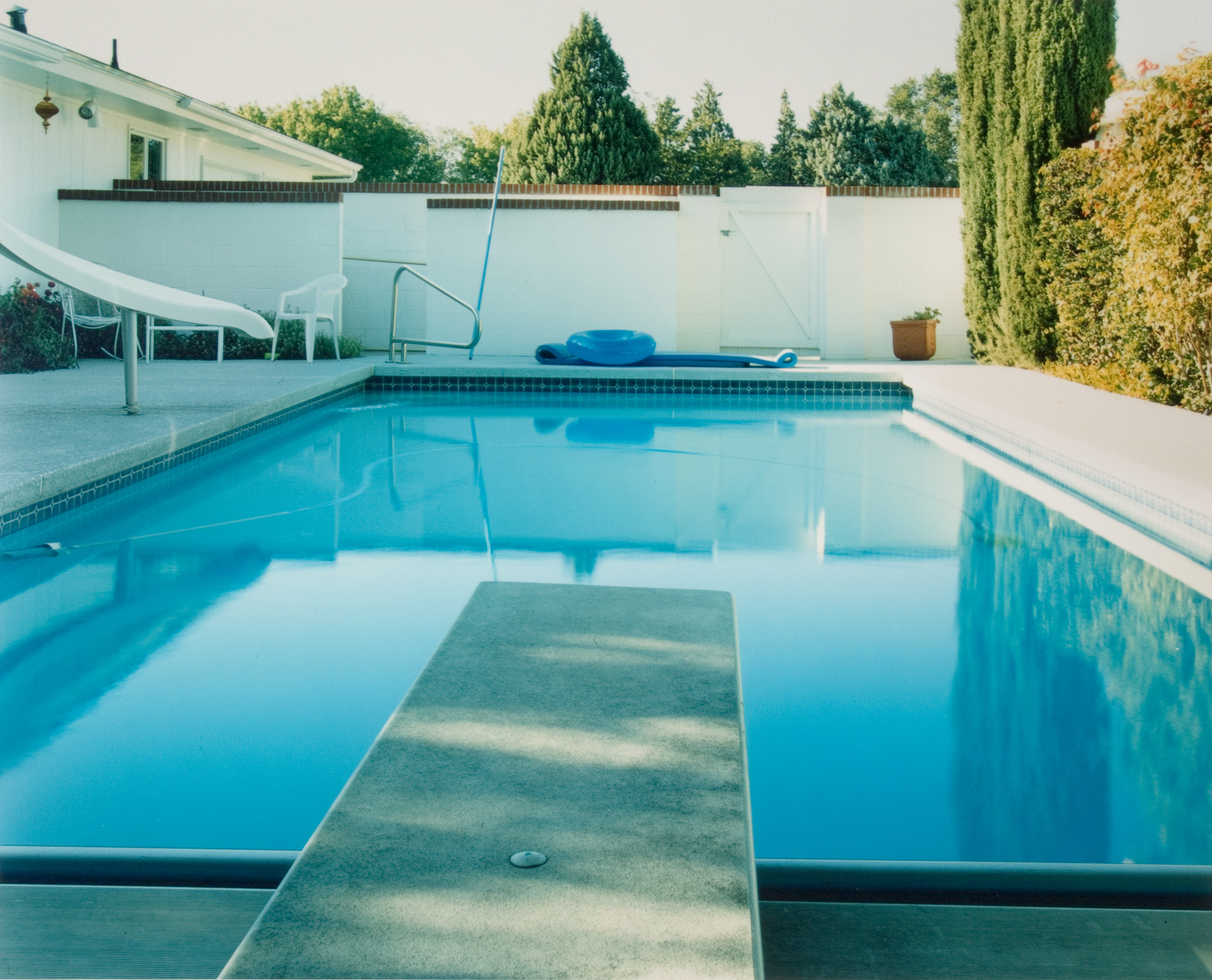 Pool 10 , Chromogenic Print, 8 x10 on 16 x 20 paper, 2001