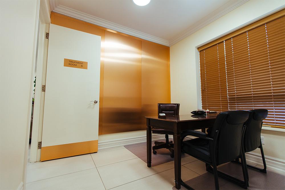 treatment-room3.jpg