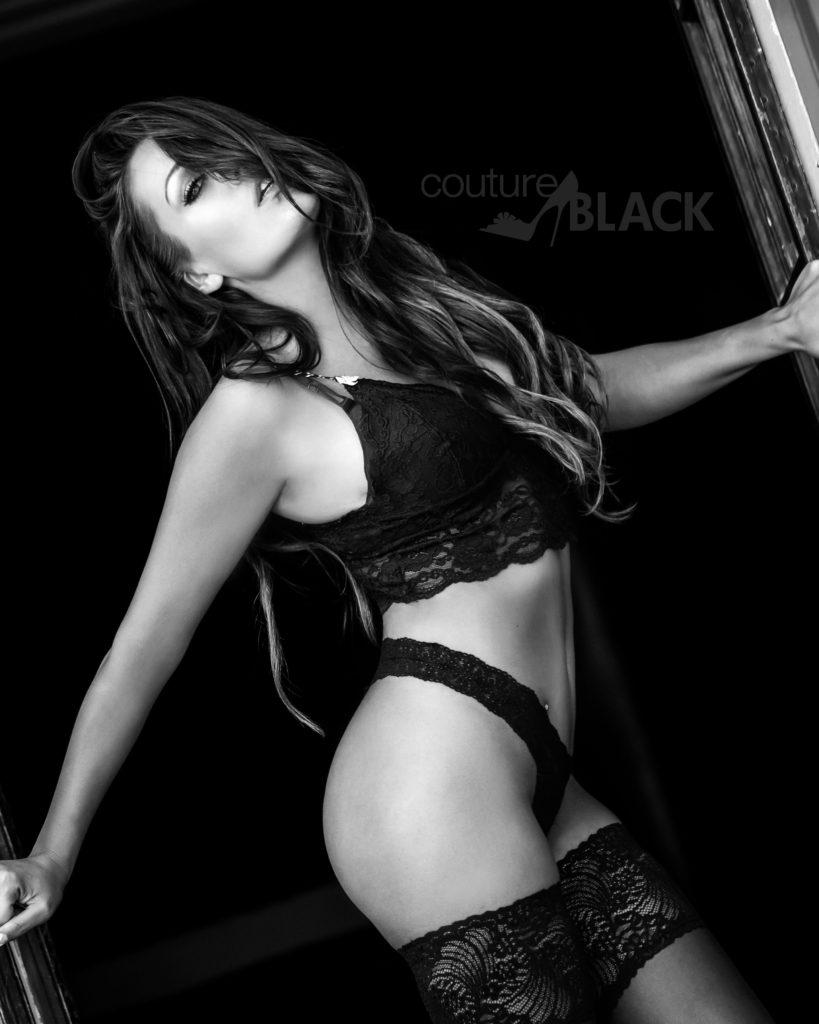 027_couture-black_viennemilano_boston-boudoir-photography-copy-819x1024.jpg
