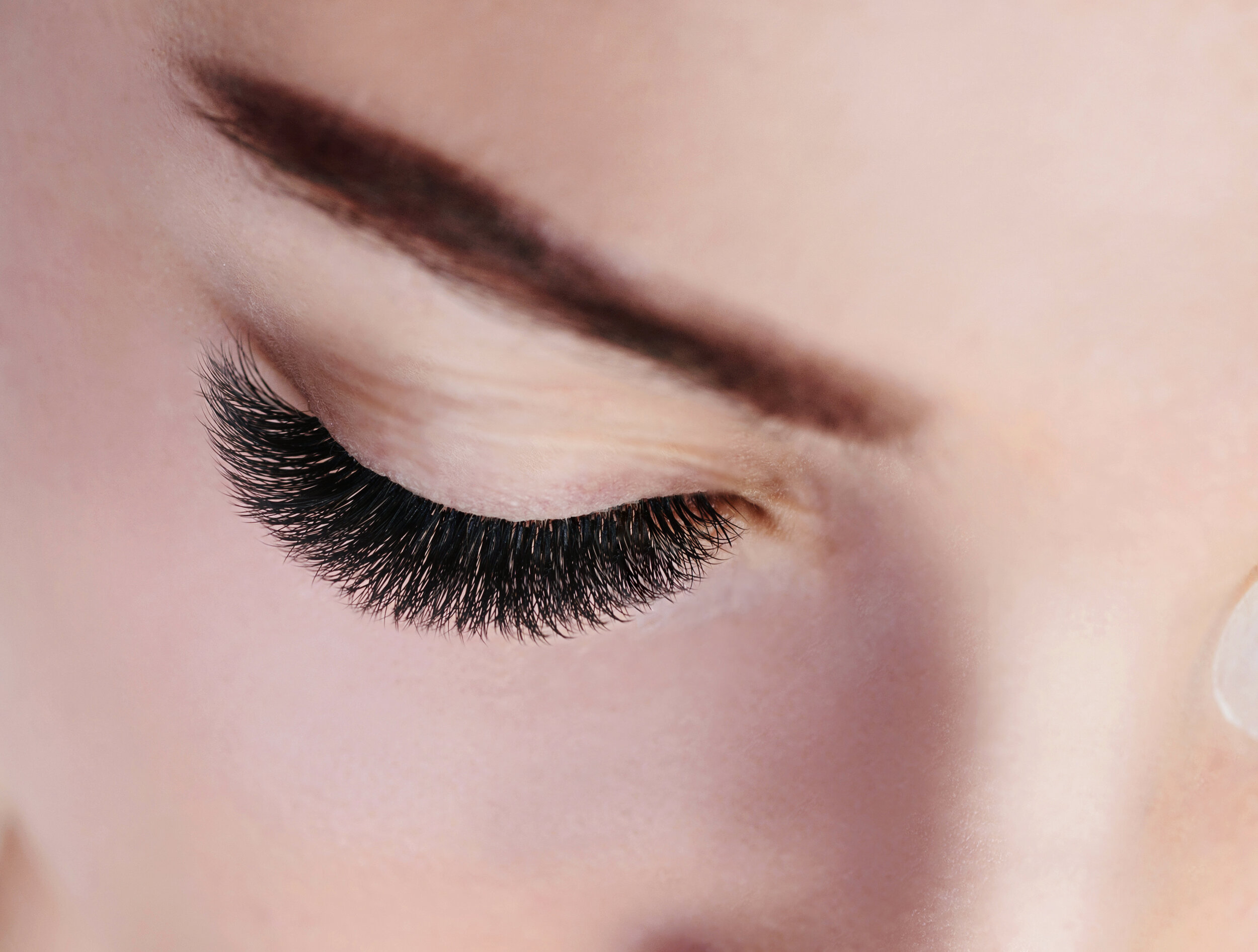DIVAVolume Lash Extensions - The ultimate volume, definition and curl. Our most dramatic look ideal for those want on over the top set of lashes. Be bold, dark and be the Diva.Approximately 400-500 lashes per eye.250Book Online Now