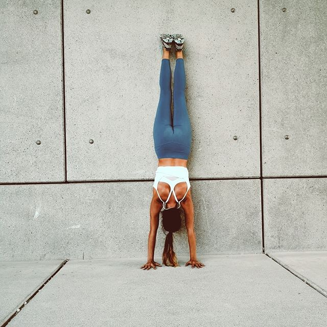 working on my strength with chest to wall handstand☀️ looking forward to today's ashtanga class at yoga tribe k6!🙌💫 . . . #getstronger #balanceisthechallenge #upsidedown #practicepracticepractice #handstand #handstanding #handbalancing #handstandlove #handstandpractice #inversions #yogastrength #yogapractice #strength #strongyogi yogafit #yogalife #yogawoman #yogainspiration #yogateacher #yogastudent #yogaphotography #yogatribe #yogatribezurich #zurich #roozyoga