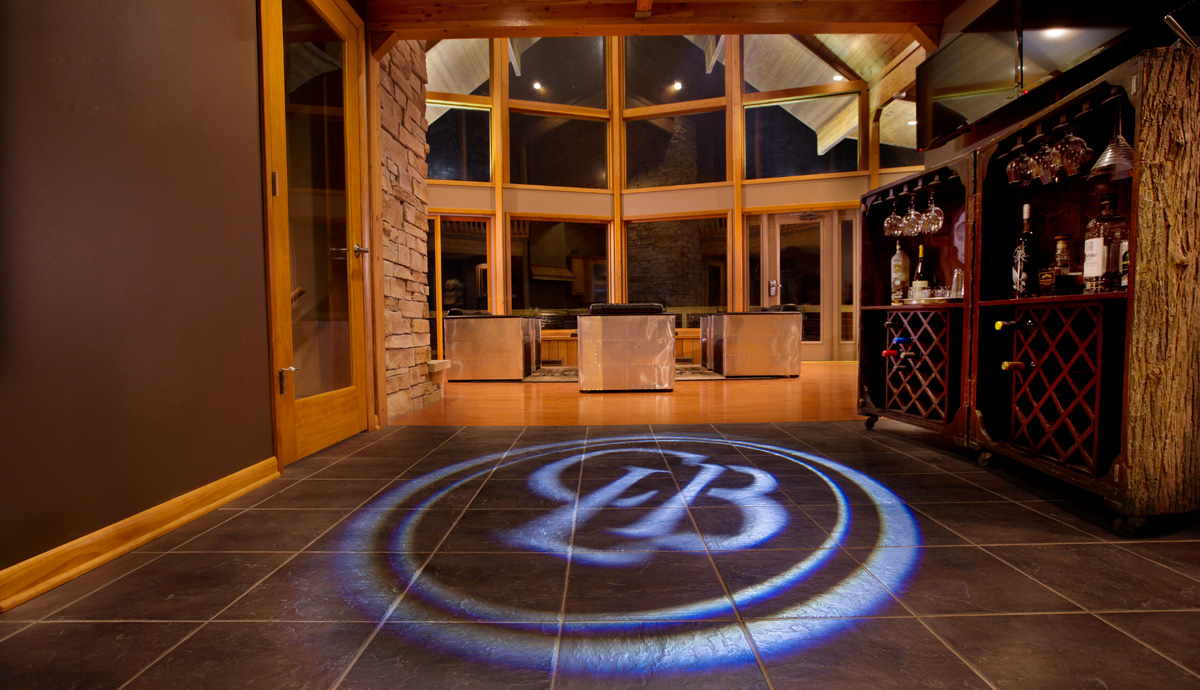 a unique experience. - Founded in 2013, Club Leaf & Bean was designed from the beginning to take a totally different approach to the private club concept. Originally opening in a small Carriage House located in Washington, Pennsylvania, membership quickly began to grow with a small, hand-selected group of individuals from a variety of industries and expertise.In early 2014, the current property was purchased and construction began on a 4800 square foot unique structure featuring specifically designed areas for relaxation, work, and entertaining. To this day, Club Leaf & Bean continues to attract some of the most distinguished individuals, both locally and nationally.