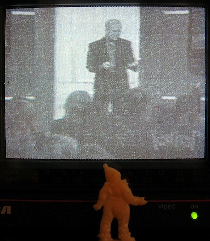 Pinky TV; Evangelical.