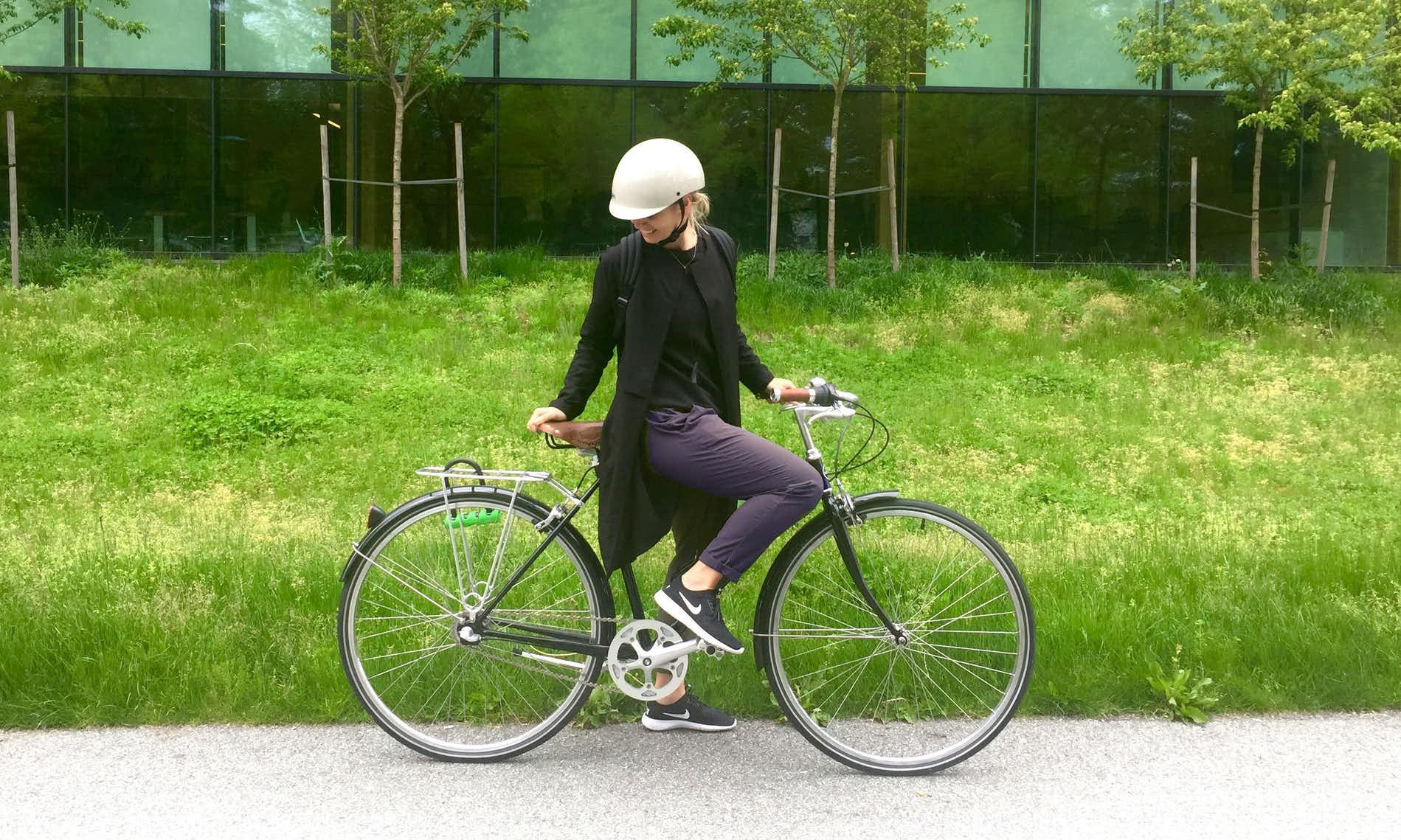 sam-timeless-pants-bike-body_GREY.jpg