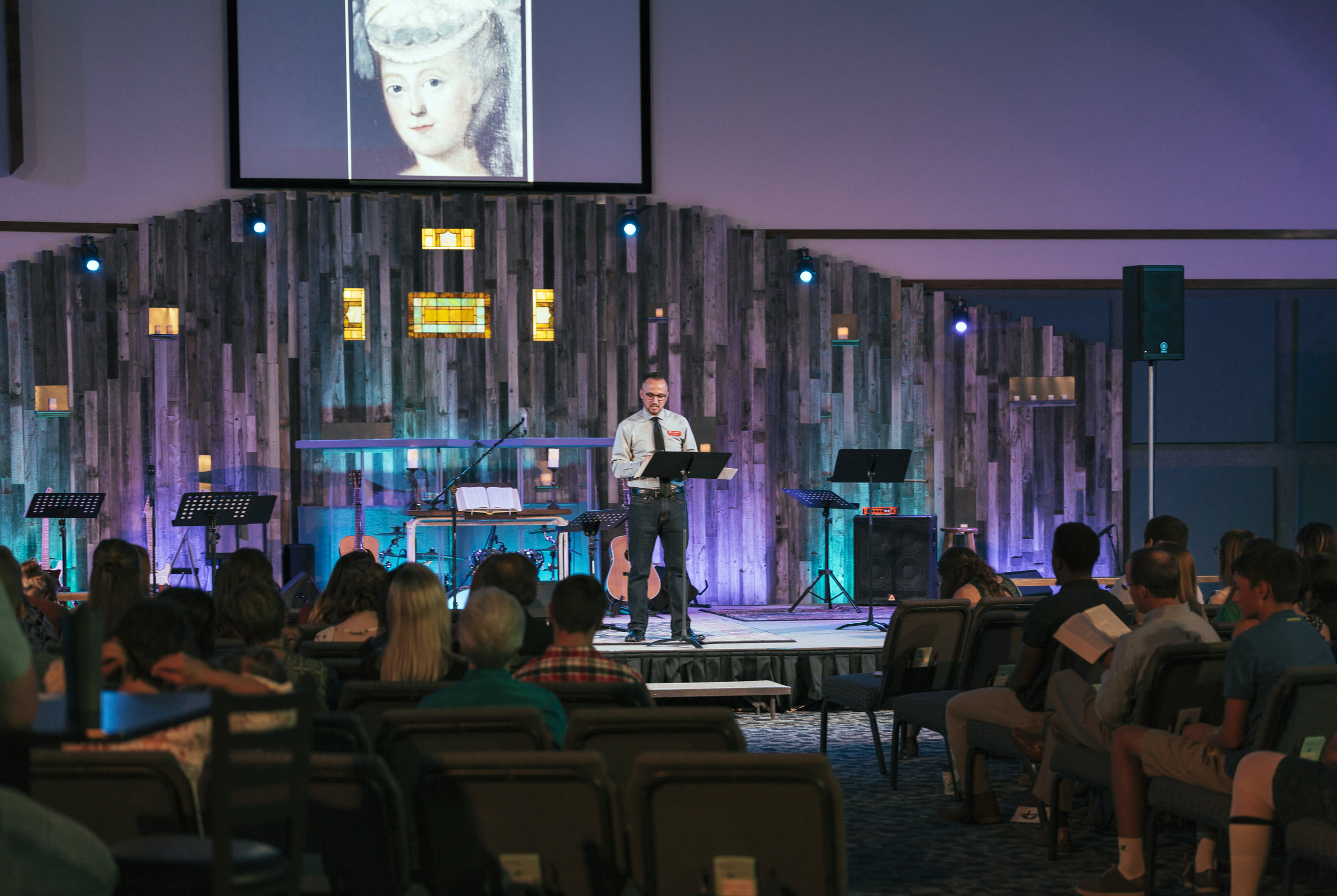Charlie Keys preaching at the new modern service.