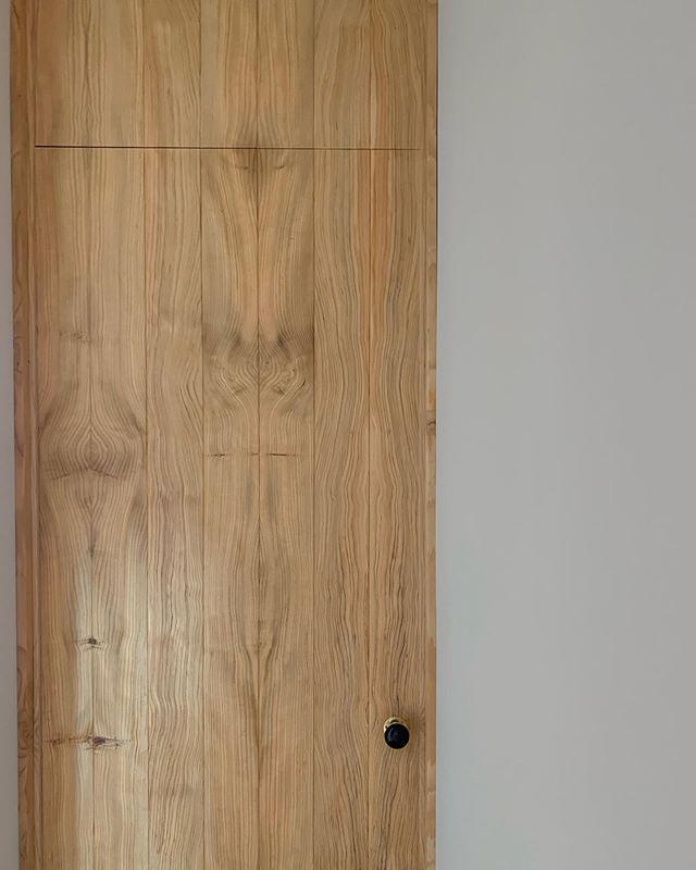 Full height door details @lukbar