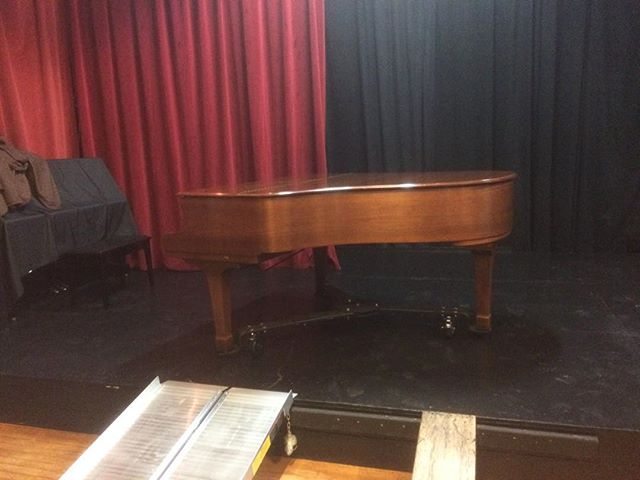 Our new piano is onstage and ready for Emilio Solla tomorrow night! https://www.redwoodjazzalliance.org/events/emilio-solla-amp-bien-sur