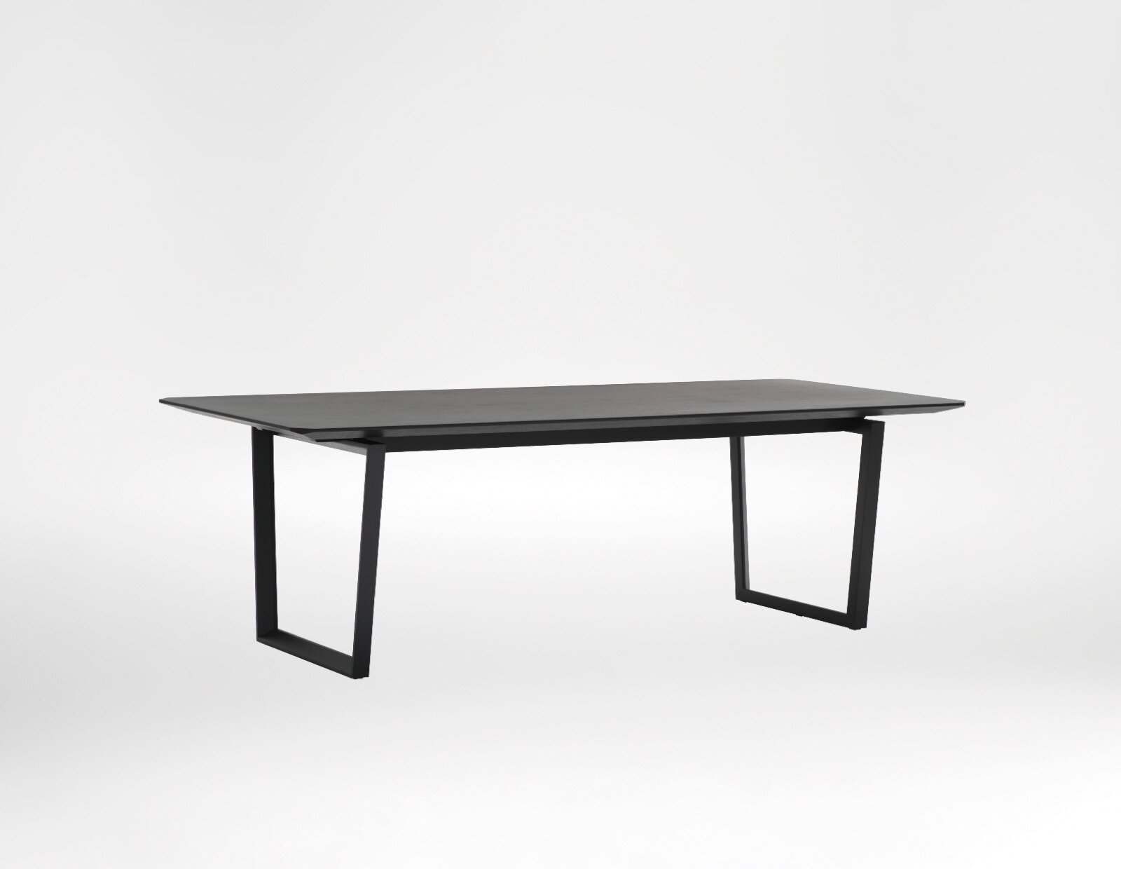 verge dining table - Spectacularly sleek look with distinguished character.