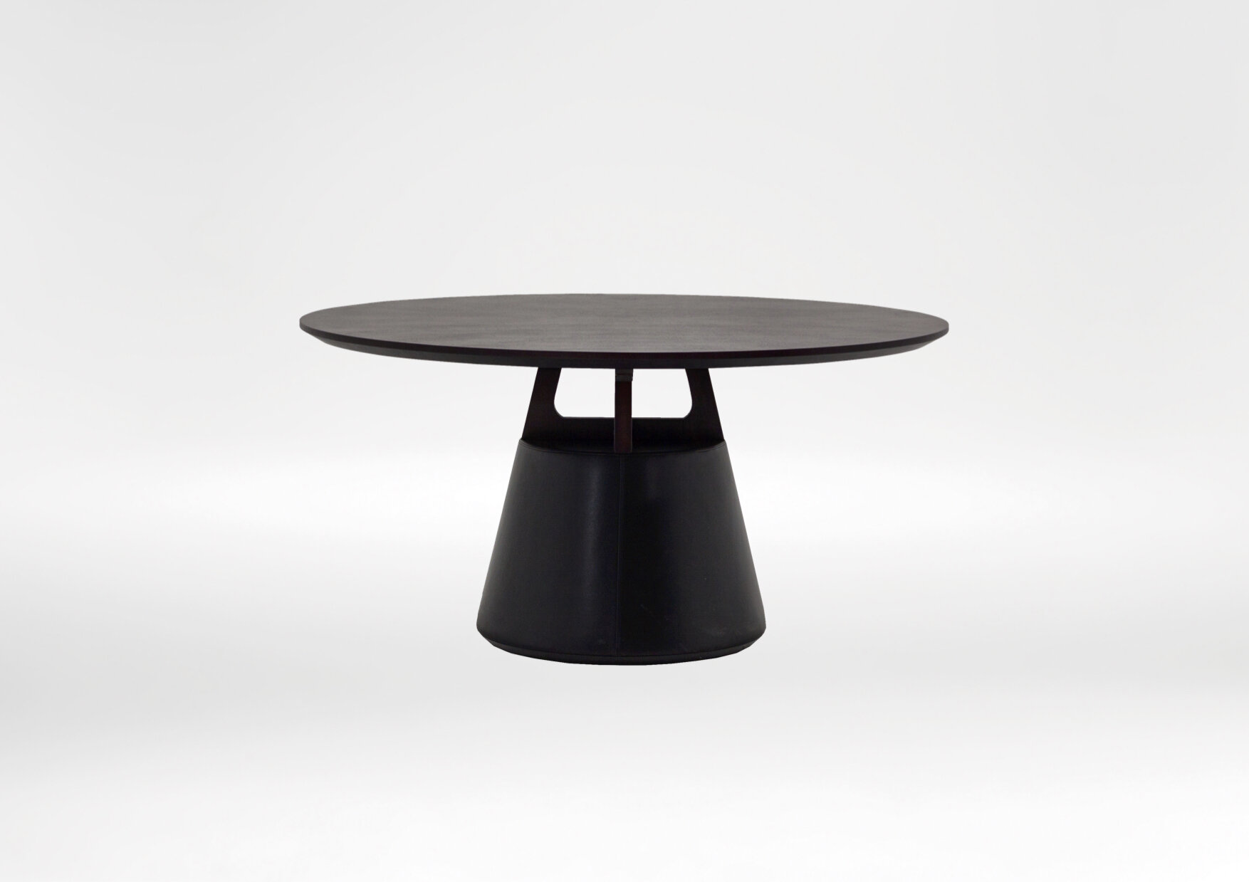unity dining table - The Unity round dining table is perfect solution to large family dinners.