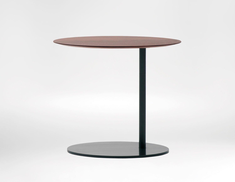 Pebble side table - Fun, sleek and versatile.