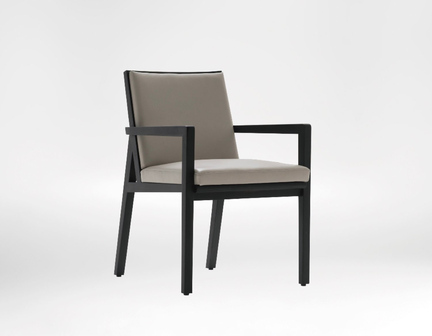Flora chair - Simple and graceful functionality, The Flora Lounge Chair offers supreme comfort and unparalleled elegance.