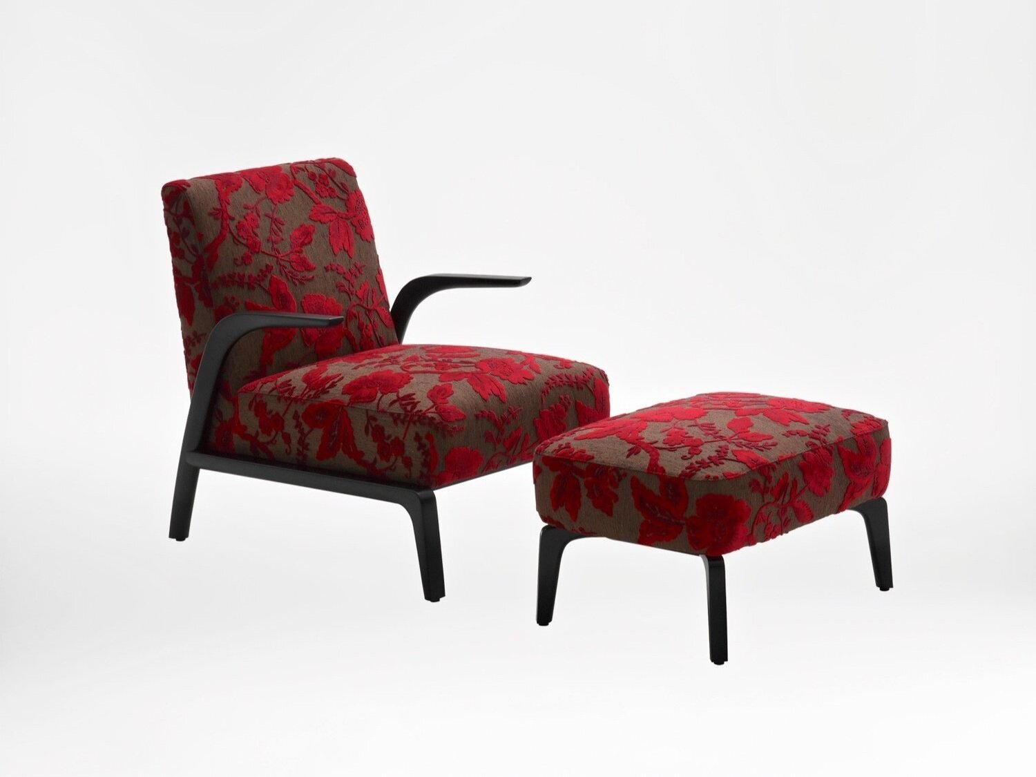 venus chair - Remarkably comfortable, combine with the Venus Footstool to achieve high-class relaxation.