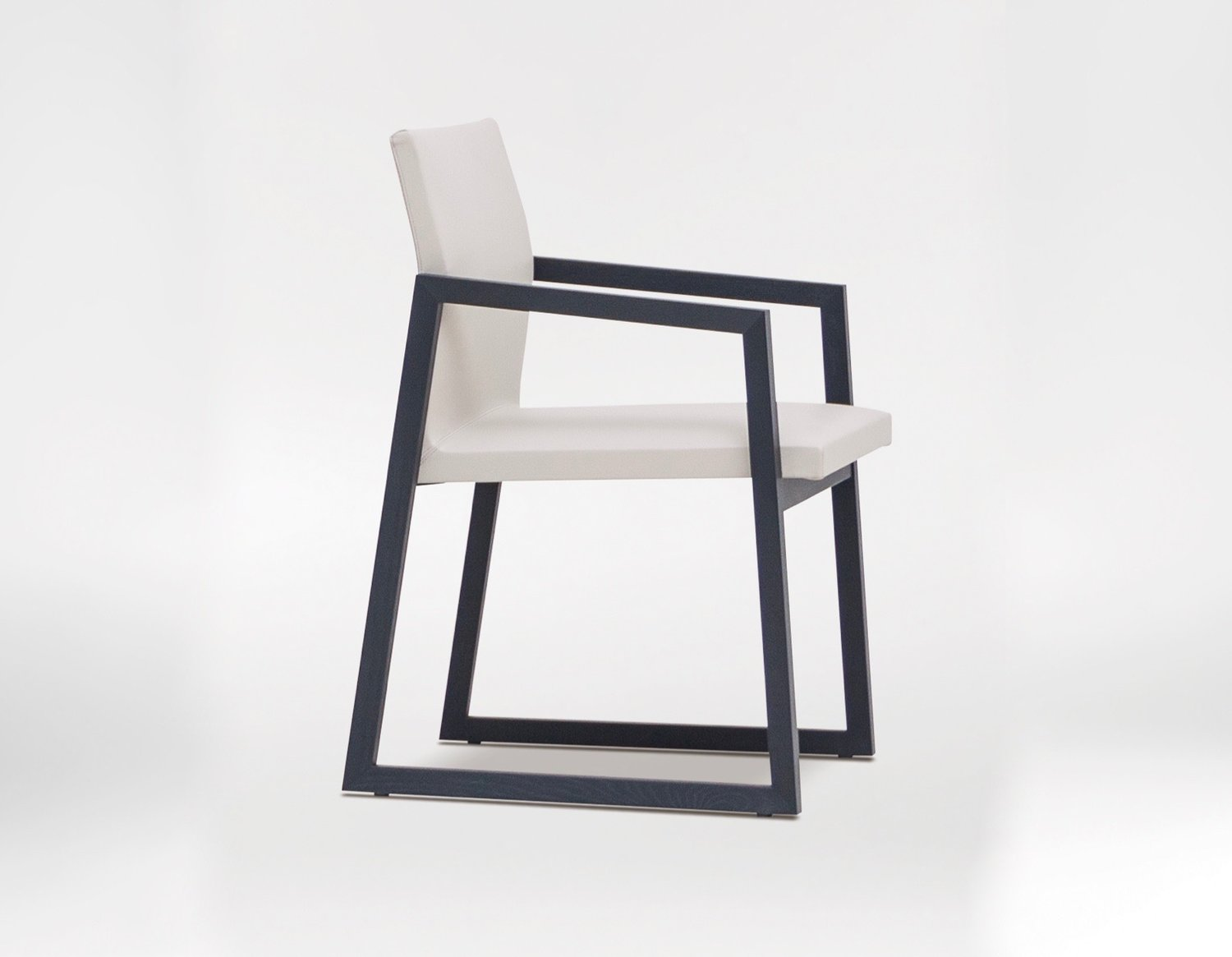 GRID CHAIR - Abstract framework highlights slim and neat aesthetics.