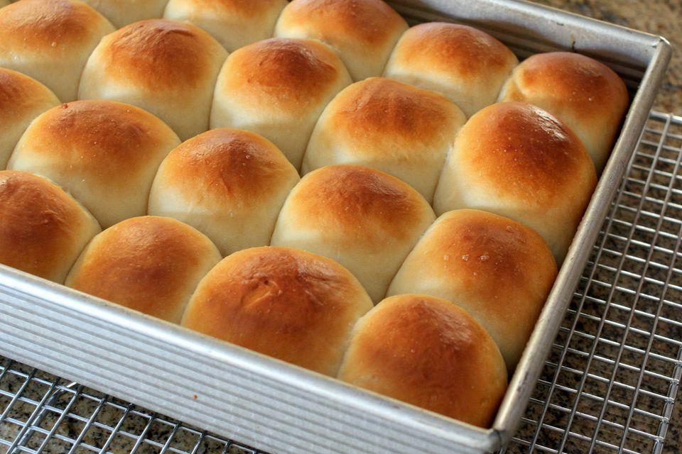 butter-rolls-southern-25-56a8c5913df78cf772a07889.jpg