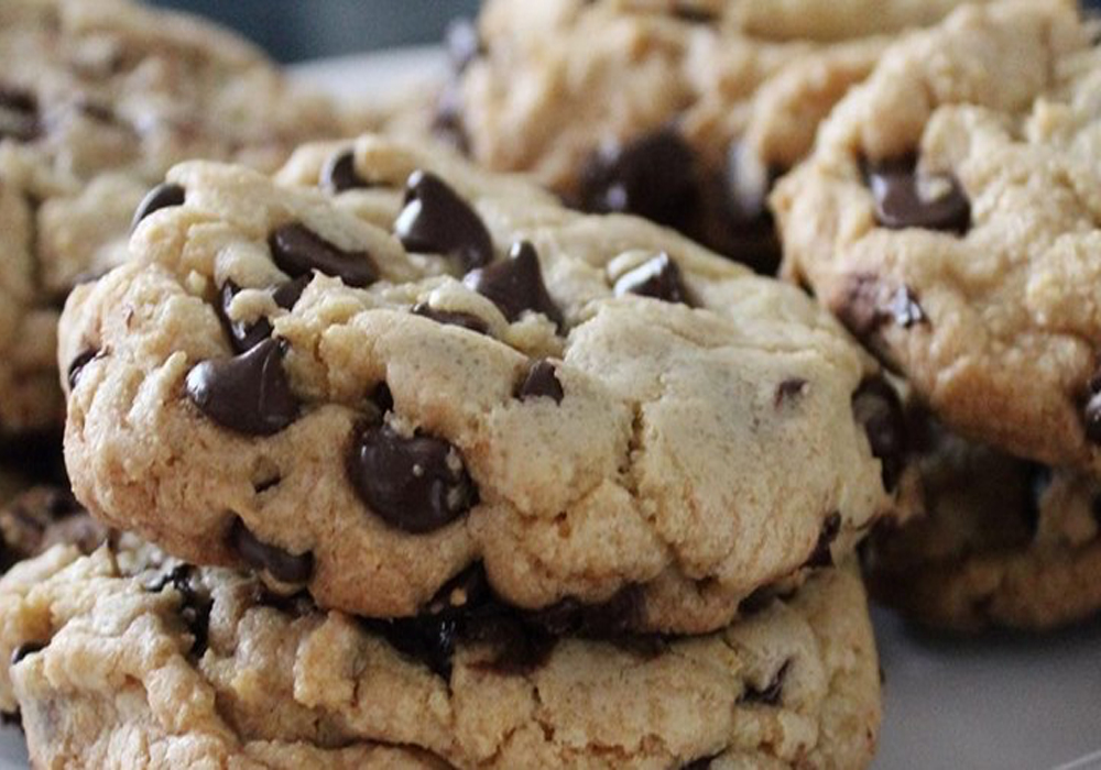 Fat-chewy-chocolate-chip-cookies.jpg