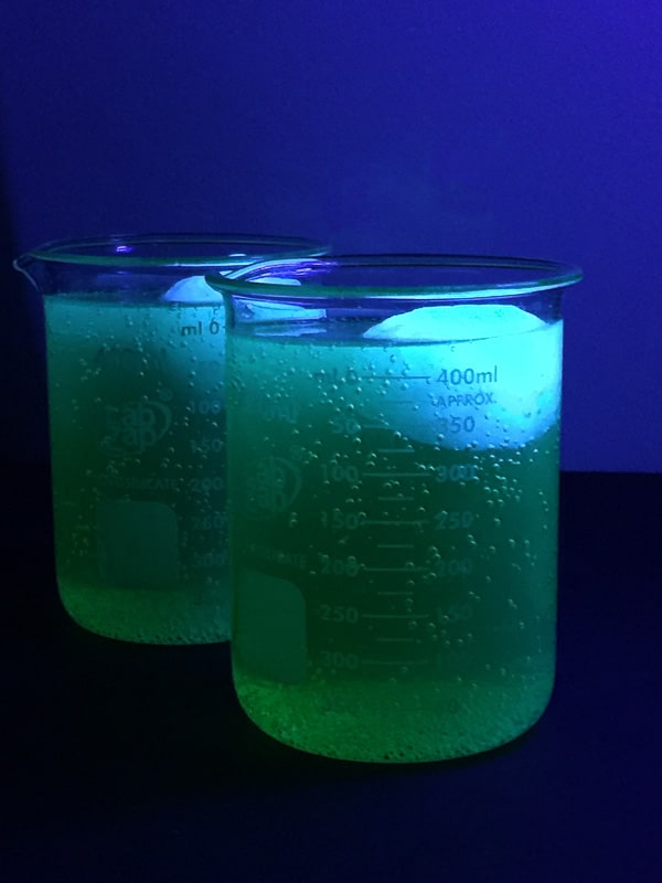 Glowing-Infected-Brain-Cocktails.jpg