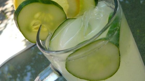 Cucumber-lemonade.jpg
