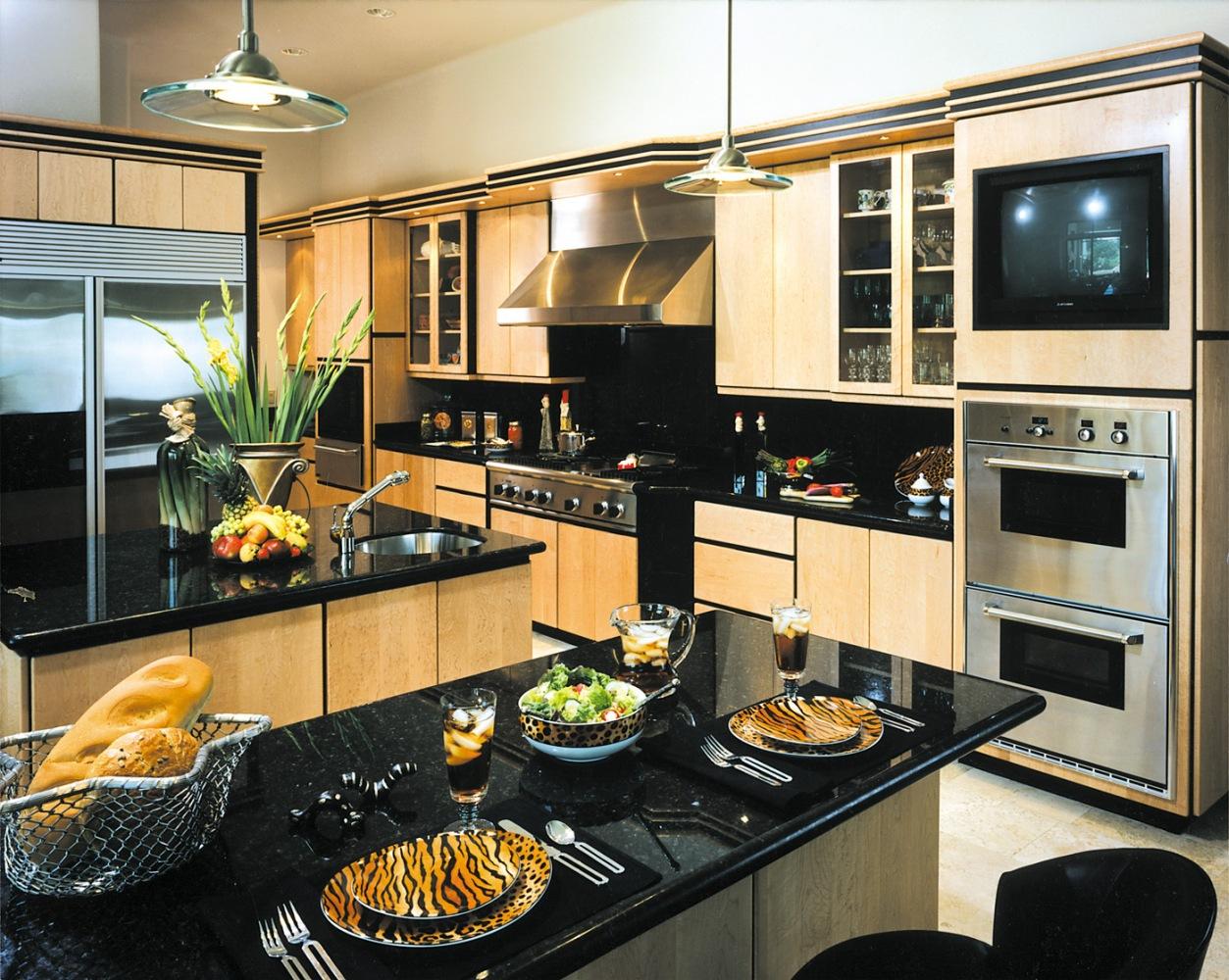 5500-Isleworth-Country-Club-Drive-Kitchen-1-5.jpg