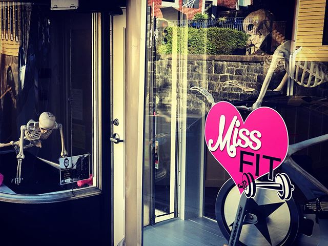 We've got some new #missfits on #mainstreet 🤣🤣Meet Missy and Marilyn! #halloweenspirit #windows #fun #missfitstrong #fitness #howardcounty #ellicottcity #strongwomen