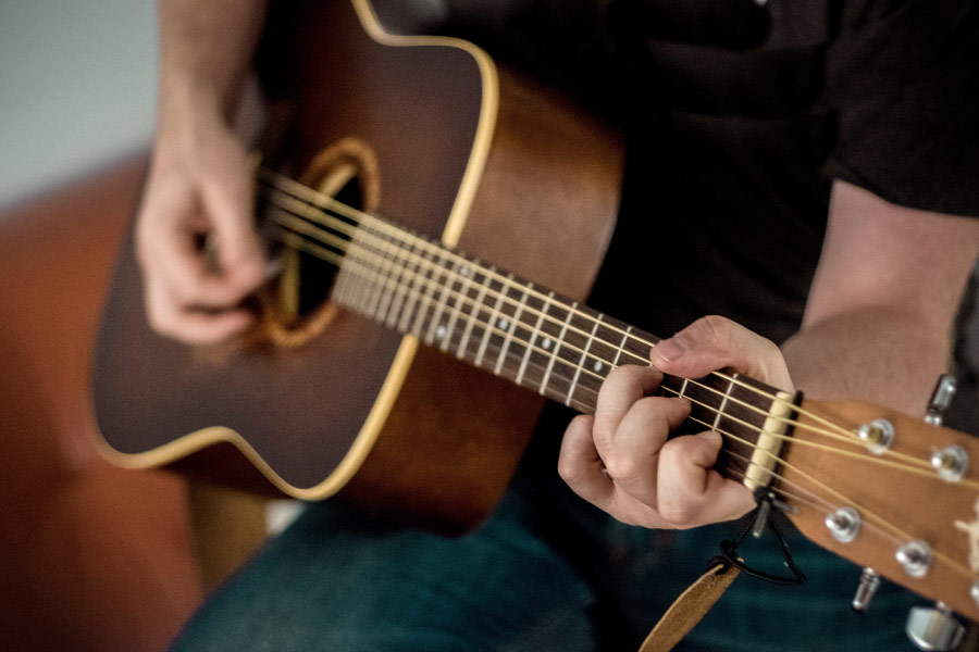 music-classes-for-adult-guitar-new-jersey-1407322.jpg
