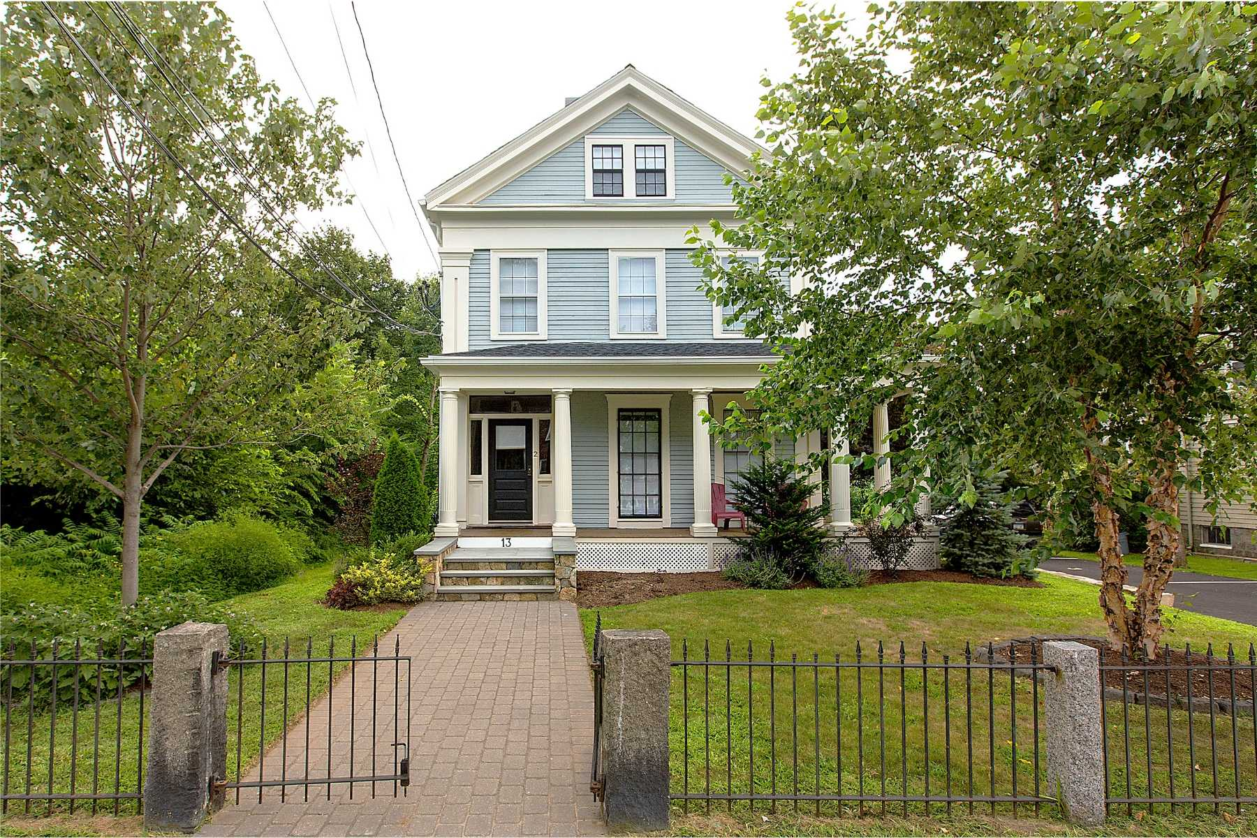 1-CapstoneCommunities-property-13 WinterStreet-Arlington.jpg